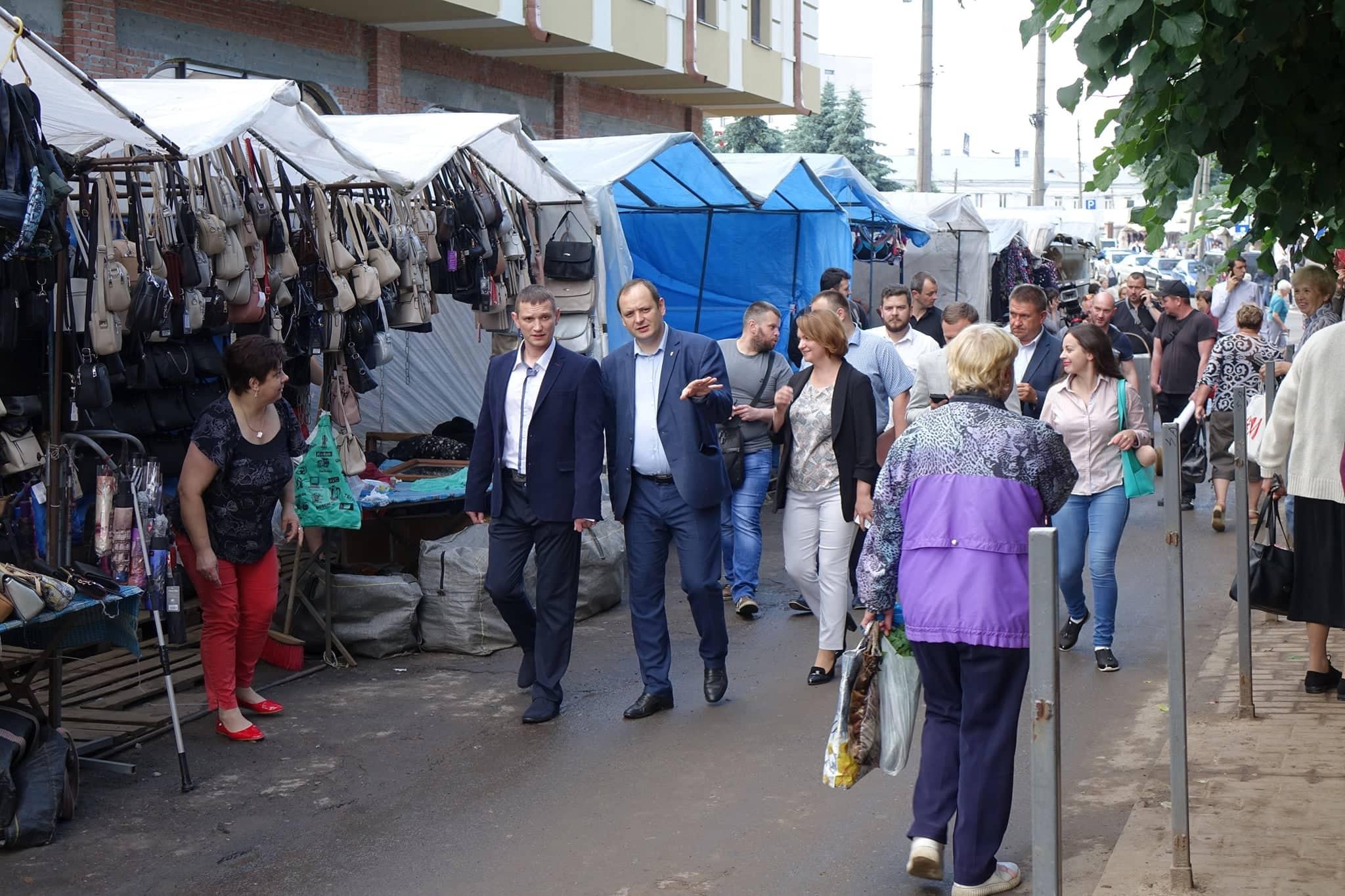 Марцінків просить пришвидшити темп ремонту центрального ринку (ФОТО)