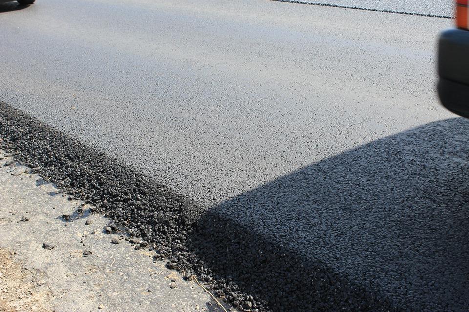 Працюють з 4 ранку: у Голині добігає кінця ремонт дороги (ФОТО)