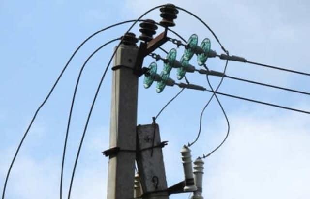 На Прикарпатті чоловіка вбило струмом від обірваних ліній електропередач