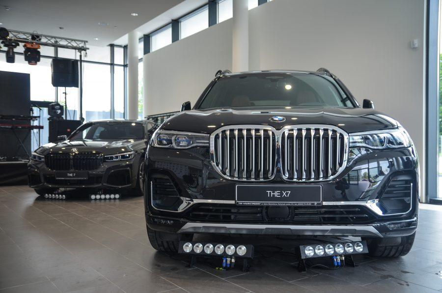 Задоволення за кермом: в Івано-Франківську відкрили автоцентр преміум класу автомобілів BMW (ФОТО)