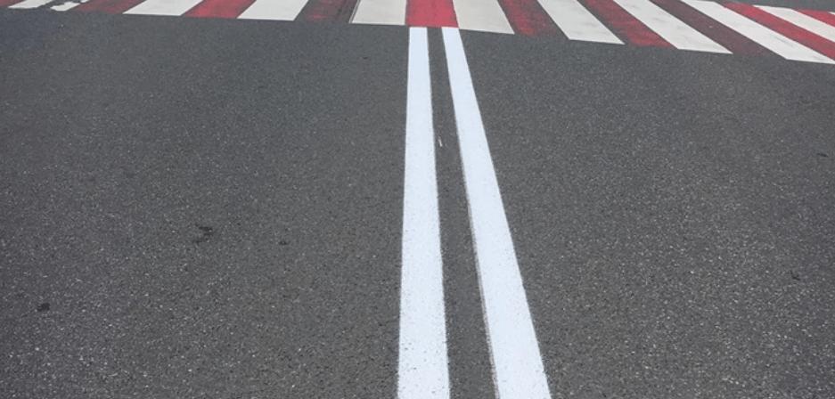 На дорогах державного значення в області оновлюють розмітку (ФОТО)