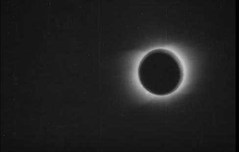 Повернення у минуле: у мережі опублікували ролик сонячного затемнення 119-річної давності (ВІДЕО)