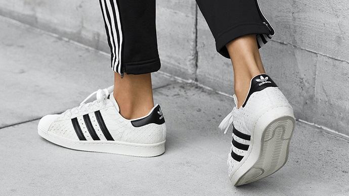 """""""Три смужки"""" Adidas опинилися поза законом в ЄС"""