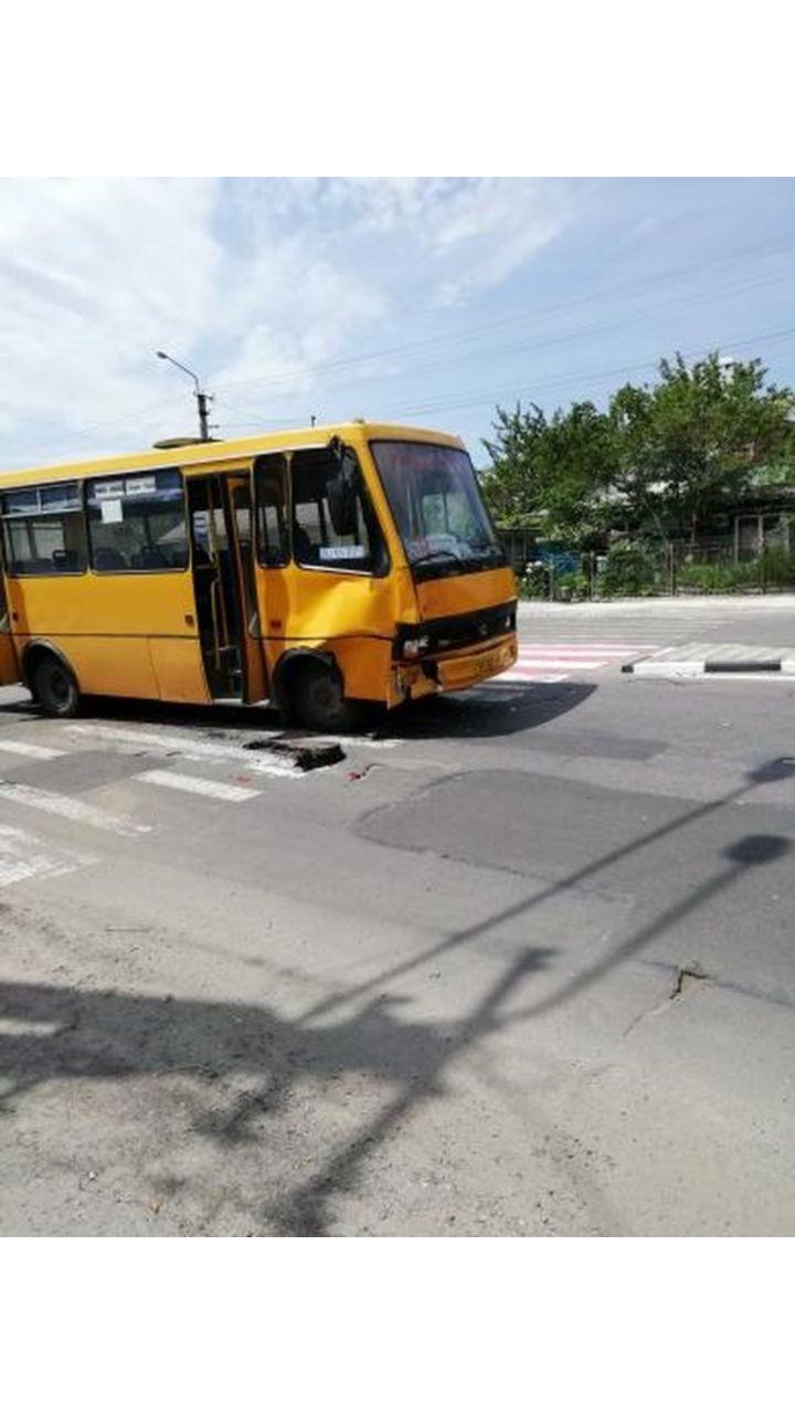 У Крихівцях маршрутка зіткнулася з іншим авто (ФОТО)