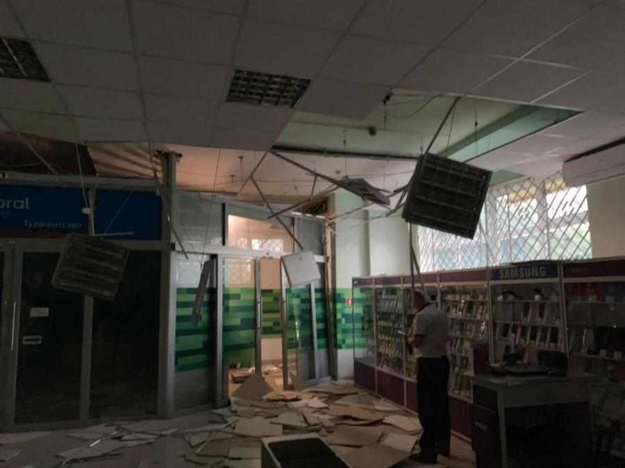 """З'явилося відео зухвалого нічного підриву банкомату """"Приватбанку"""" у Калуші (ВІДЕО)"""