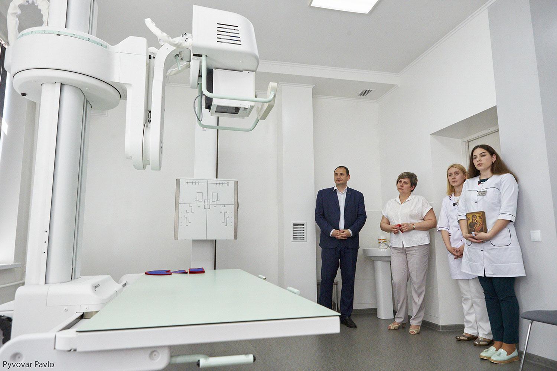 Як ремонтують лікарні та поліклініки у Франківську (ФОТО)