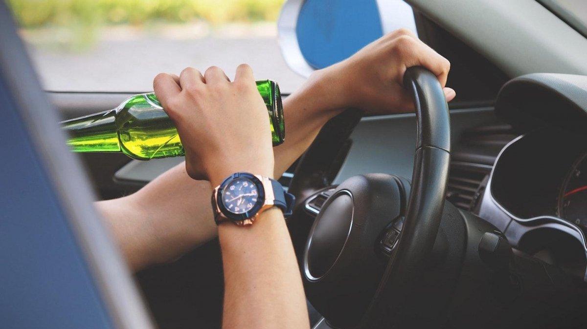 Жінка з Флориди заявила в поліцію про п'яного водія за кермом. Виявилося, що цим водієм була вона