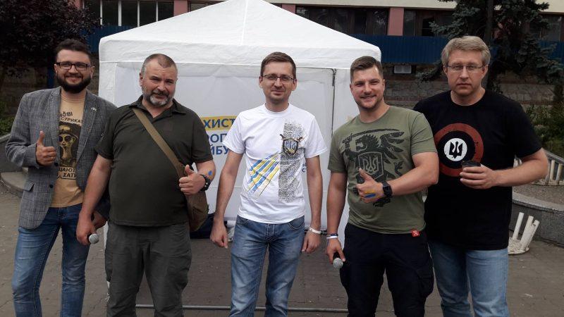 Відомий український телеведучий Гайдукевич підтримав у Франківську кандидата Петечела (ФОТО+ВІДЕО)