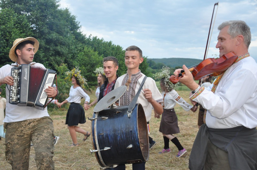 Як пластуни з різних куточків України таборують на Рогатинщині (ФОТО)