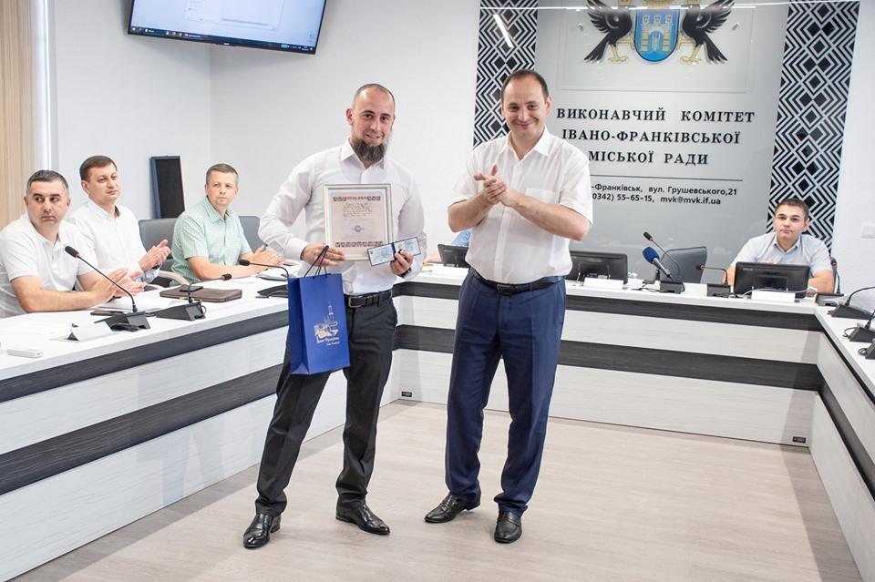 Франківець став Заслуженим тренером України зі змішаних єдиноборств ММА (ФОТО)