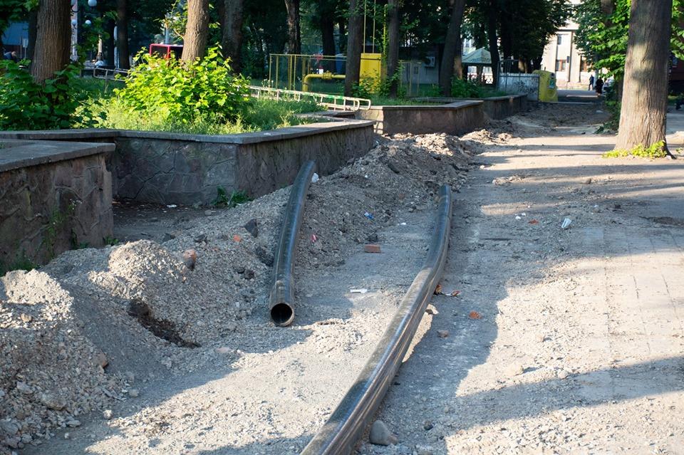 Ворота у місто: вулиці поблизу привокзального скверу комплексно відремонтують (ФОТО)