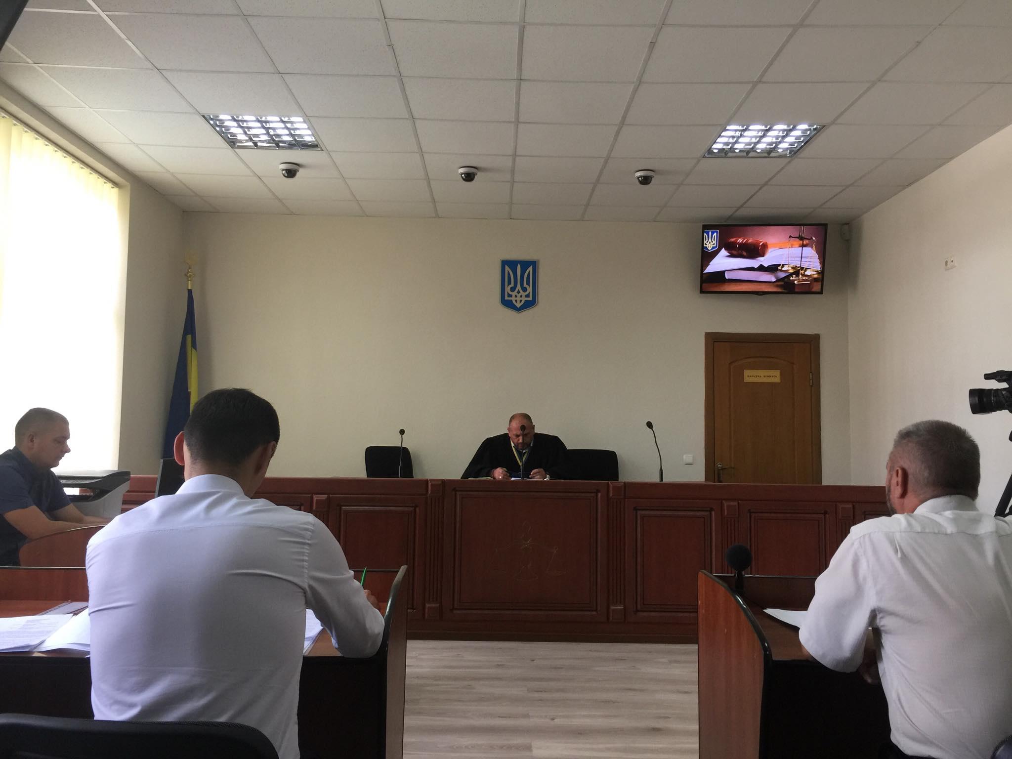 Кандидатські війни: Шевченко подав до суду на Прощука, а потім – передумав