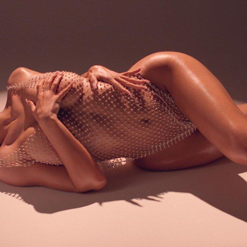 Найбагатша дівчина світу Кайлі Дженнер оголилась у мережі (ФОТО)