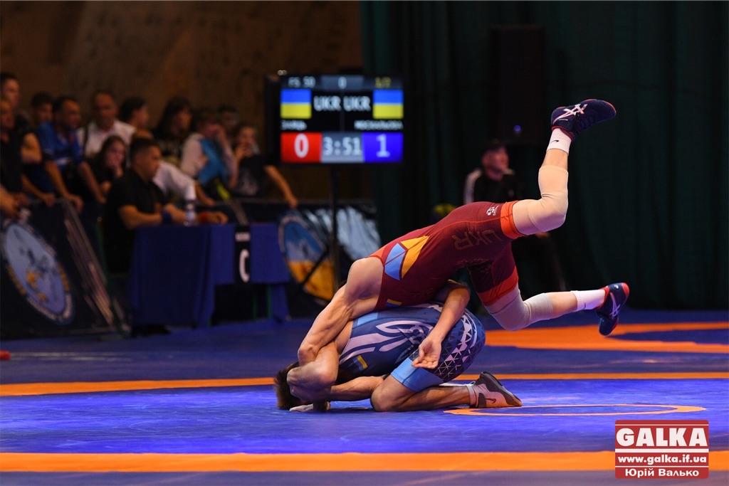 Спортсменів з Прикарпаття – найбільше у фіналі чемпіонату України з вільної боротьби