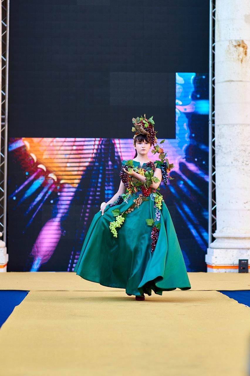 Юна красуня з Івано-Франківська перемогла на конкурсі краси «World Fashion Kids» (ФОТО)