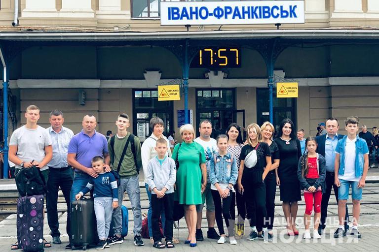 20 днів моря: дітям франківських поліціянтів влаштували безкоштовний відпочинок в Одесі (ФОТО)