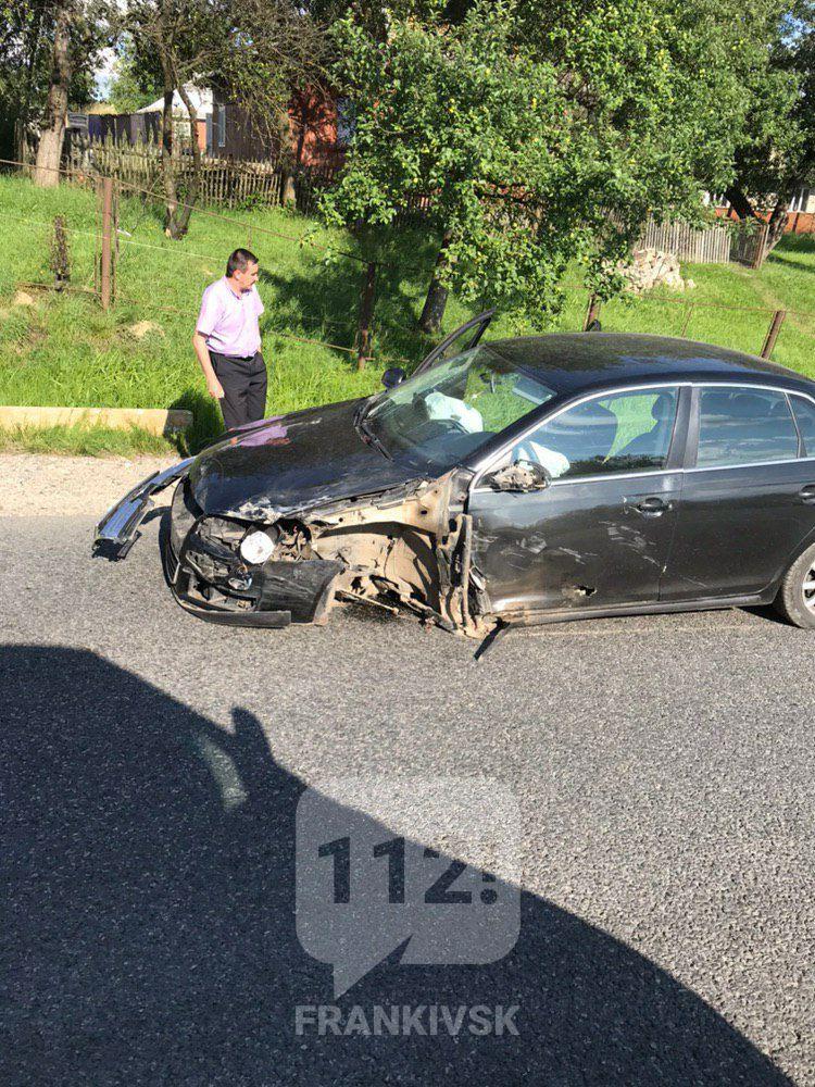 У Делятині зіткнулися три машини (ФОТО)