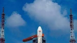 Індія запустила на Місяць ракету з орбітальною станцією і місяцеходом