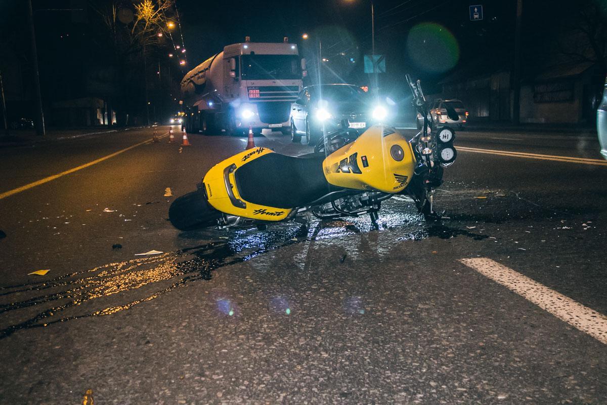 На Коломийщині мотоцикліст збив жінку, яка перебігала дорогу