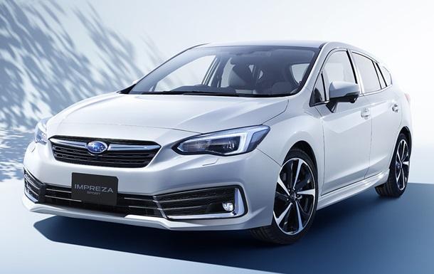 Компанія Subaru показала нові седан і хетчбек Impreza