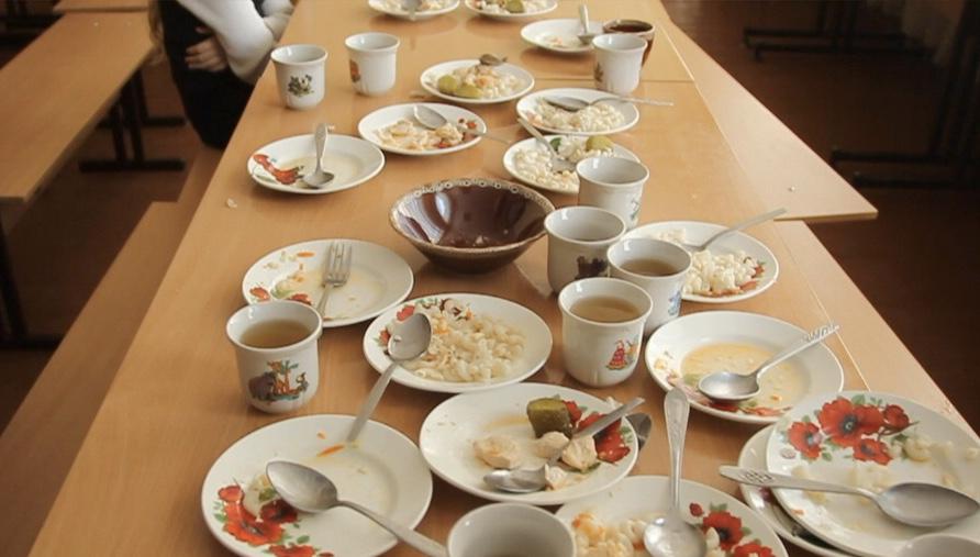 Садиба, малі столичні гості якої отруїлися, не мала права харчувати туристів, – Держпродспоживслужба