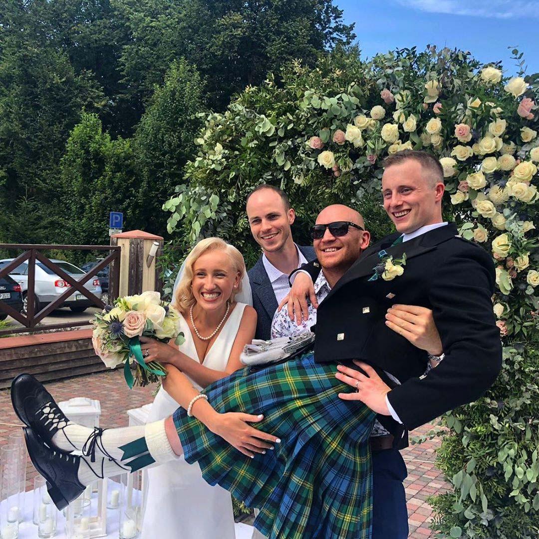 Шотландське весілля  у Франківську: наречений у кілті (ФОТО)