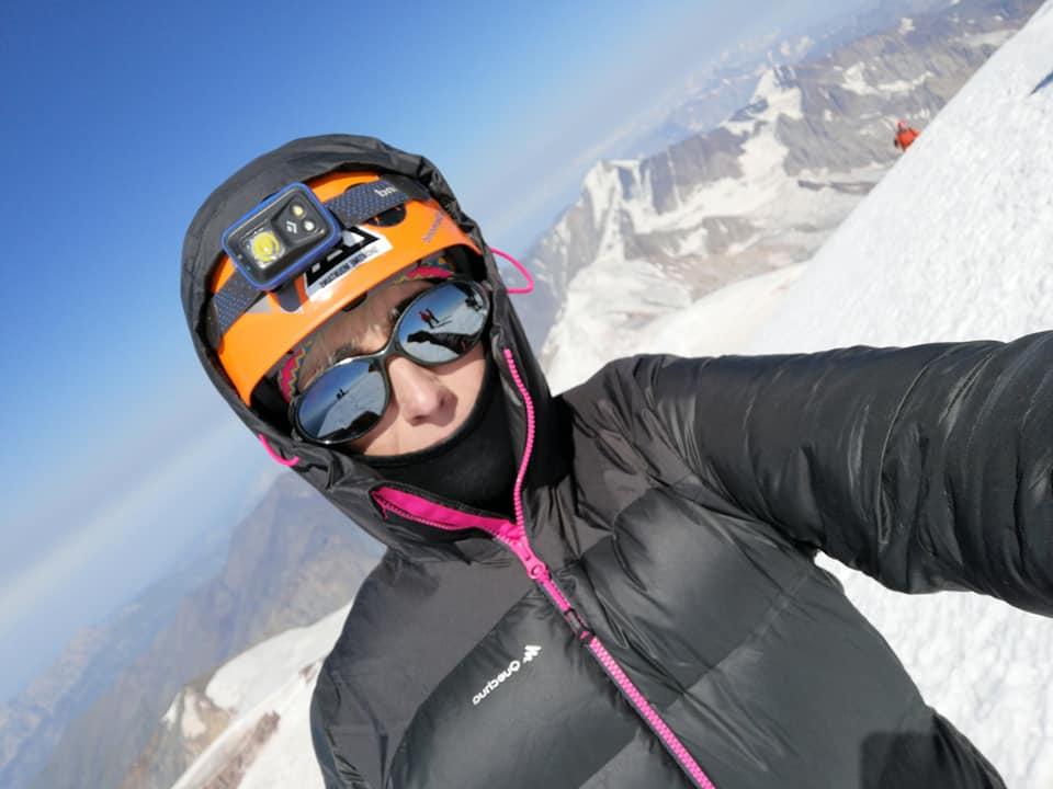 Понад 5 000 метрів: франківська мандрівниця підкорила кавказьку вершину Казбек (ФОТО)