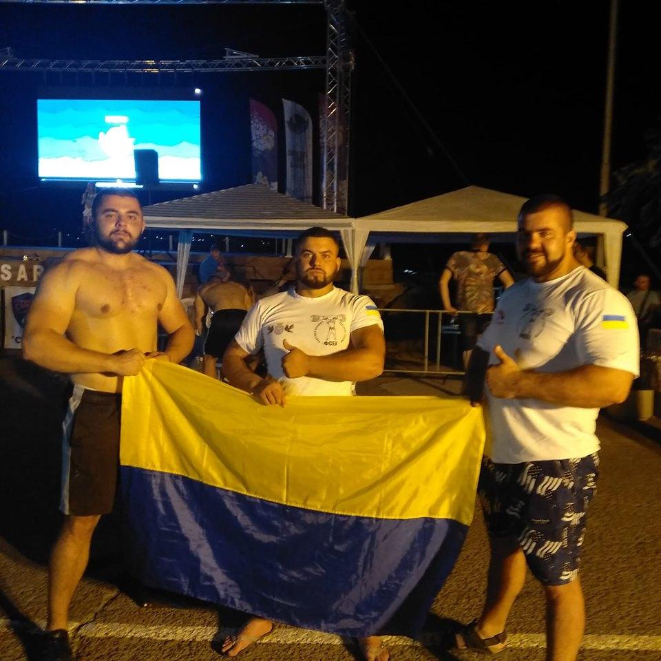Командастронґменів з Франківська лідирує на міжнародних змаганнях у Болгарії