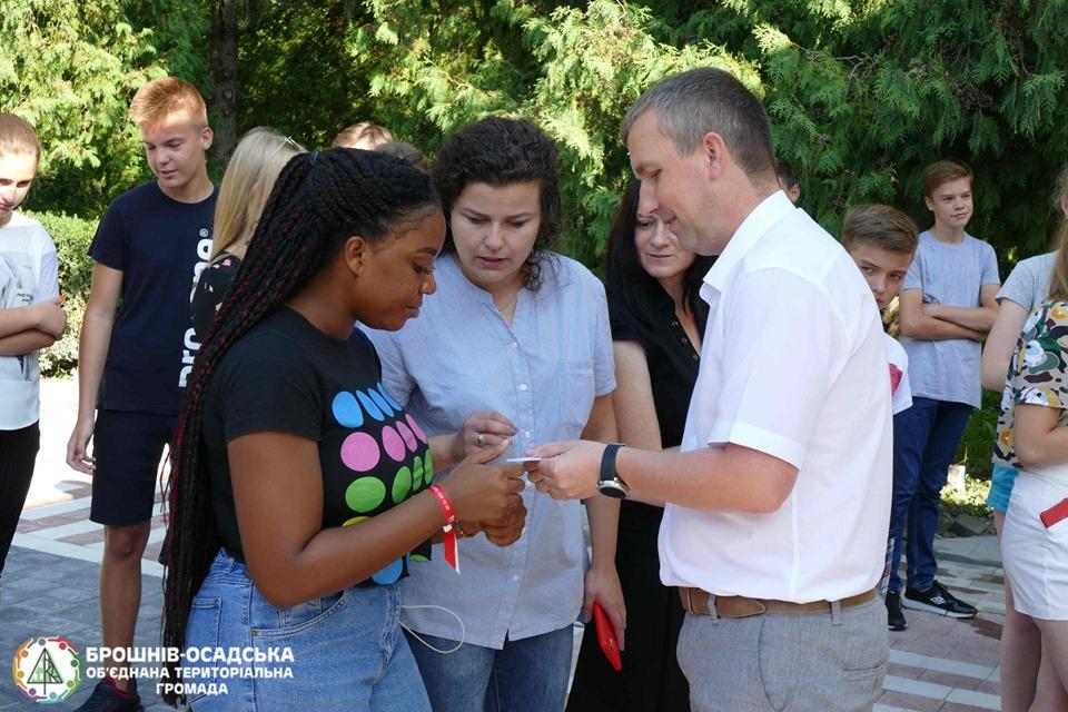 Волонтерека з Нігерії вчитиме юних прикарпатців англійської (ФОТО)