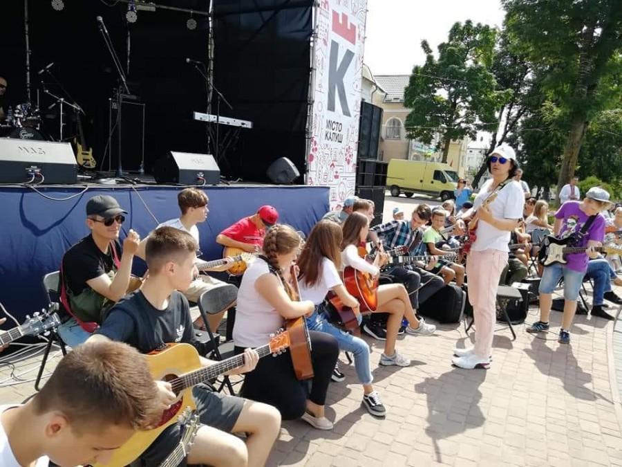У Калуші встановили музичний рекорд (ФОТО, ВІДЕО)
