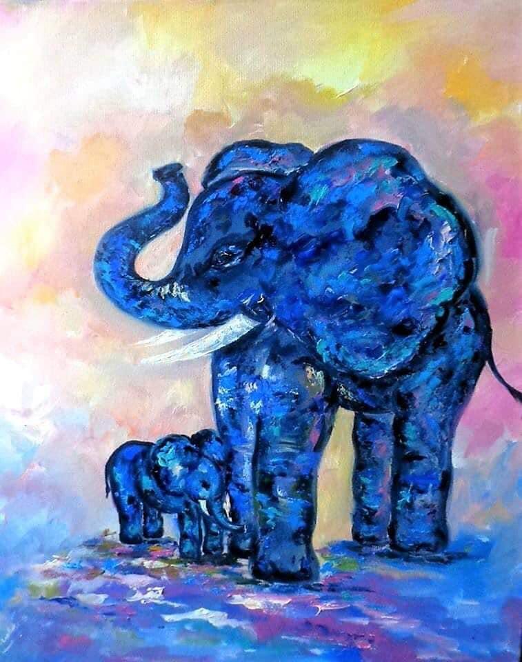 Кити, слони і ведмеді: у центрі Франківська покажуть виставку«Зникаючі види»