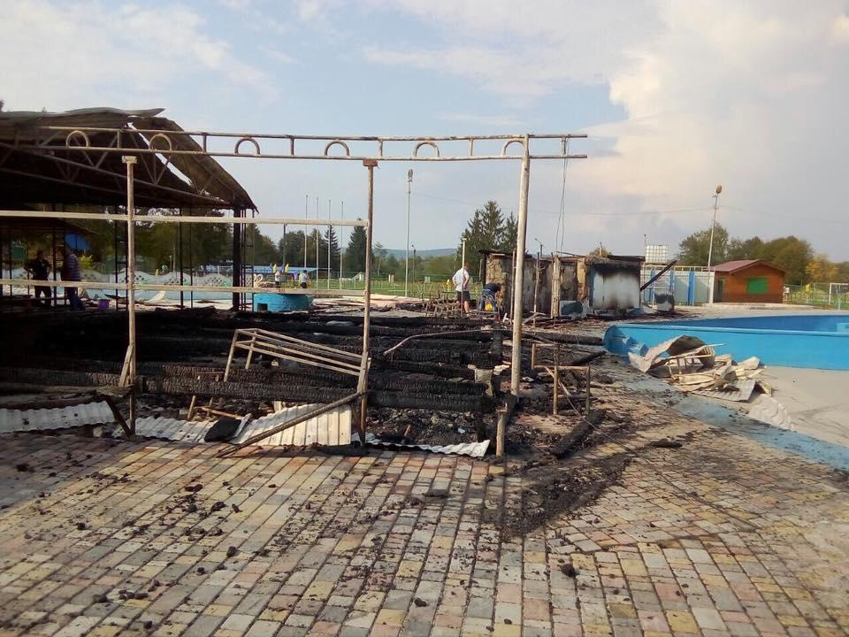 """Неповнолітній, що загинув під час пожежі в таборі """"Сокіл"""", там працював"""
