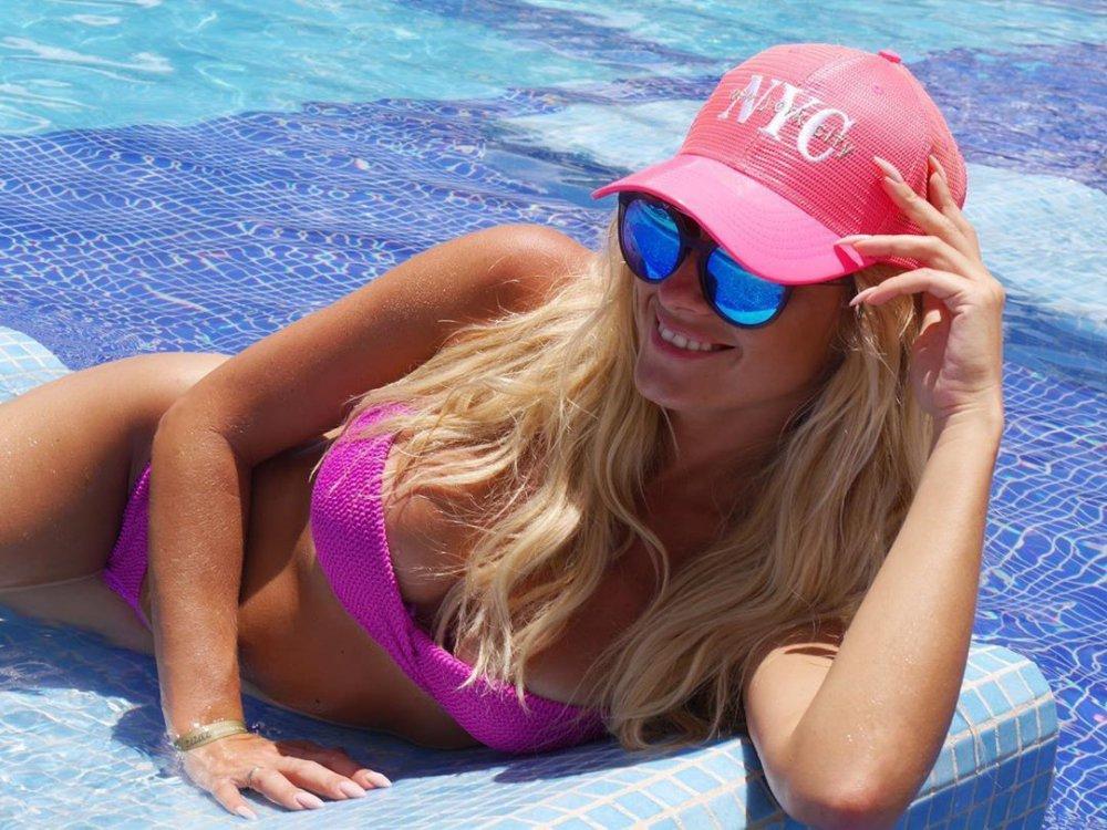 """""""Сексуальна мексиканка"""" – Ірина Федишин показала спокусливі форми на пляжі (ФОТО)"""