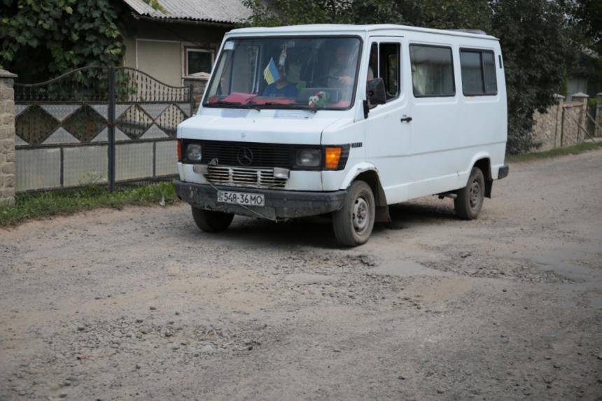 Незабаром на Богородчанщині відремонтують найкритичніші ділянки доріг, – Шмигаль (ФОТО)