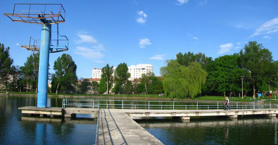 Аварійну вишку для стрибків на міському озері демонтують, – Марцінків