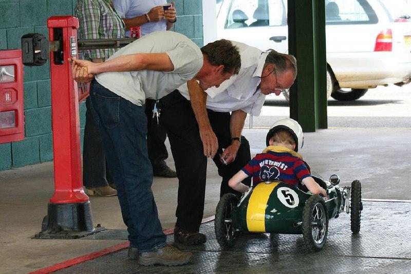 8-річний німець викрав у батьків авто та розігнався на трасі до 140 км/год