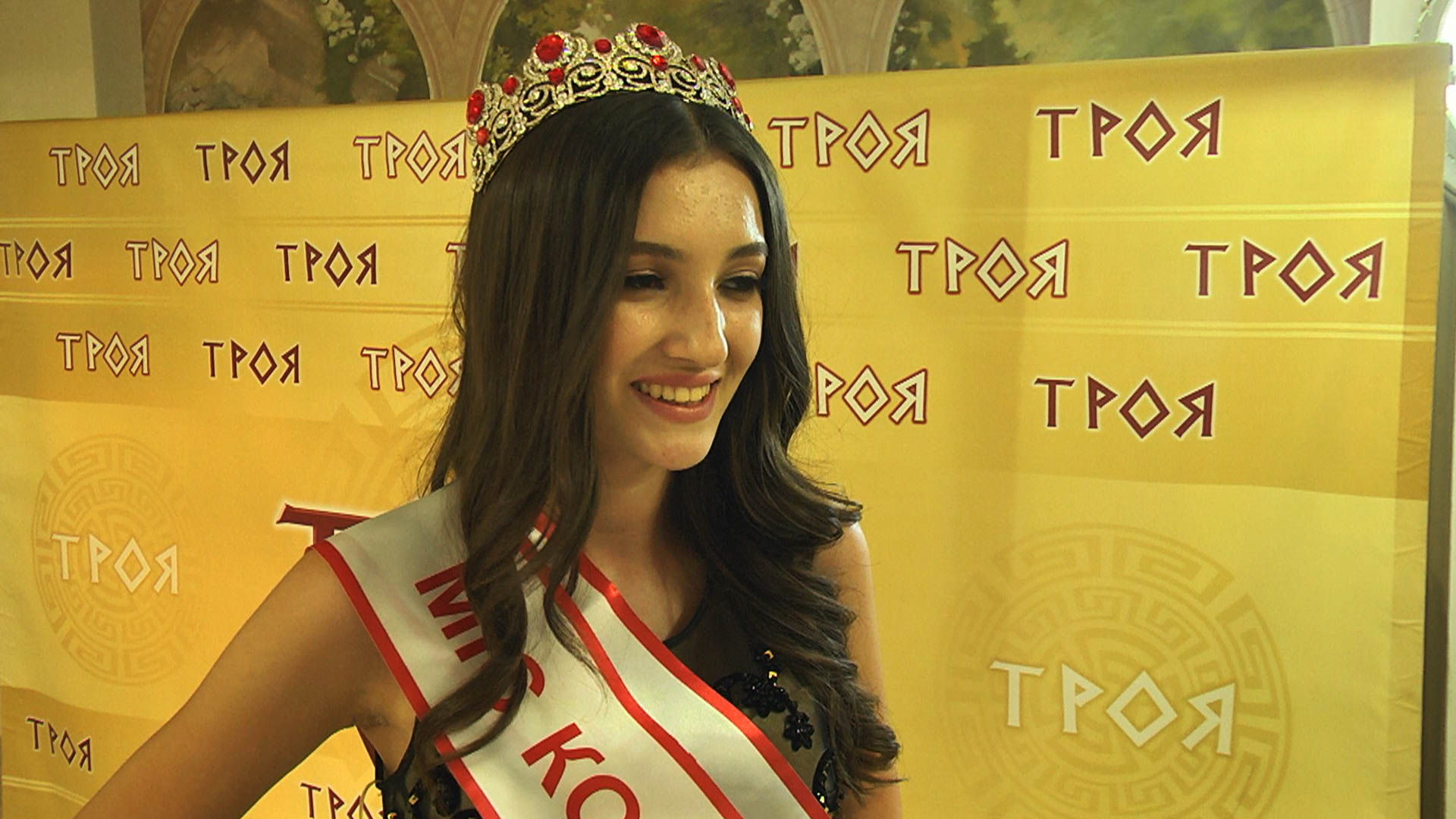 Найкрасивішу дівчину обрали в Коломиї (ВІДЕО)