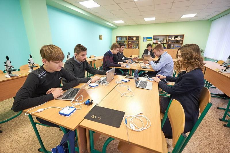 На Надвірнянщині створену першу опорну школу