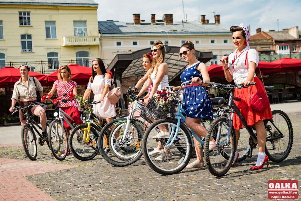 В Івано-Франківську проведуть велопарад дівчат. Де і коли?