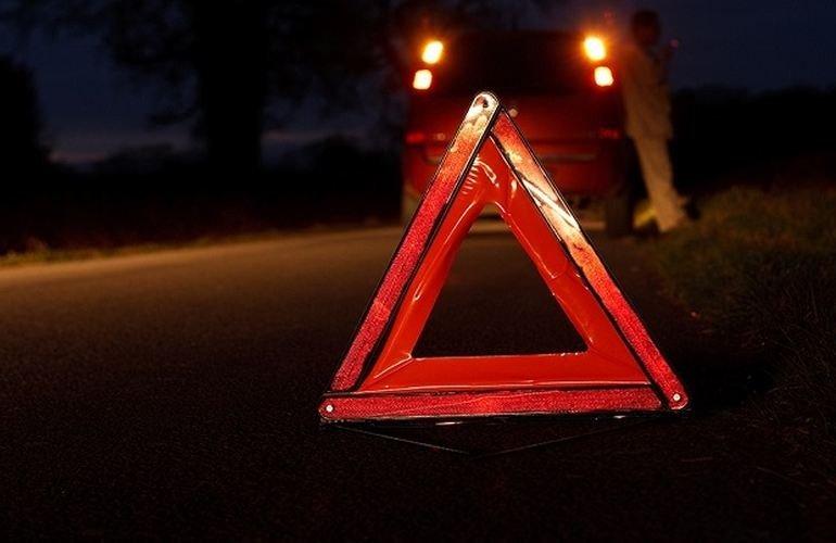 У Галицькому районі авто збило двох людей, потерпілі – у лікарні