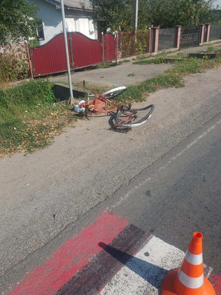 На Тисмениччині п'яний керманичзбив літнього велосипедиста (ФОТО)