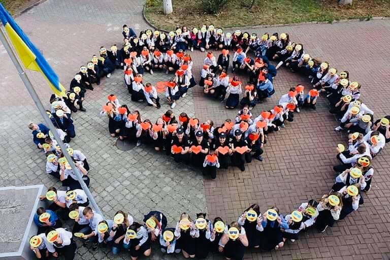 Акцію проти дитячих суїцидів провели в Івано-Франківську (ФОТО)