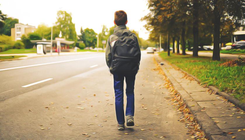 На Прикарпатті ловлять школярів-прогульників