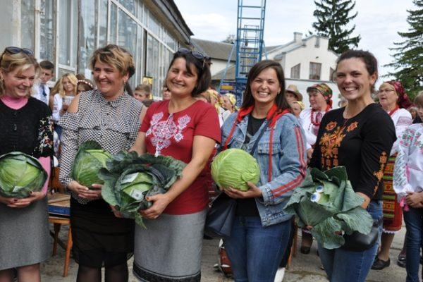 На Городенківщині провели фестиваль капусти