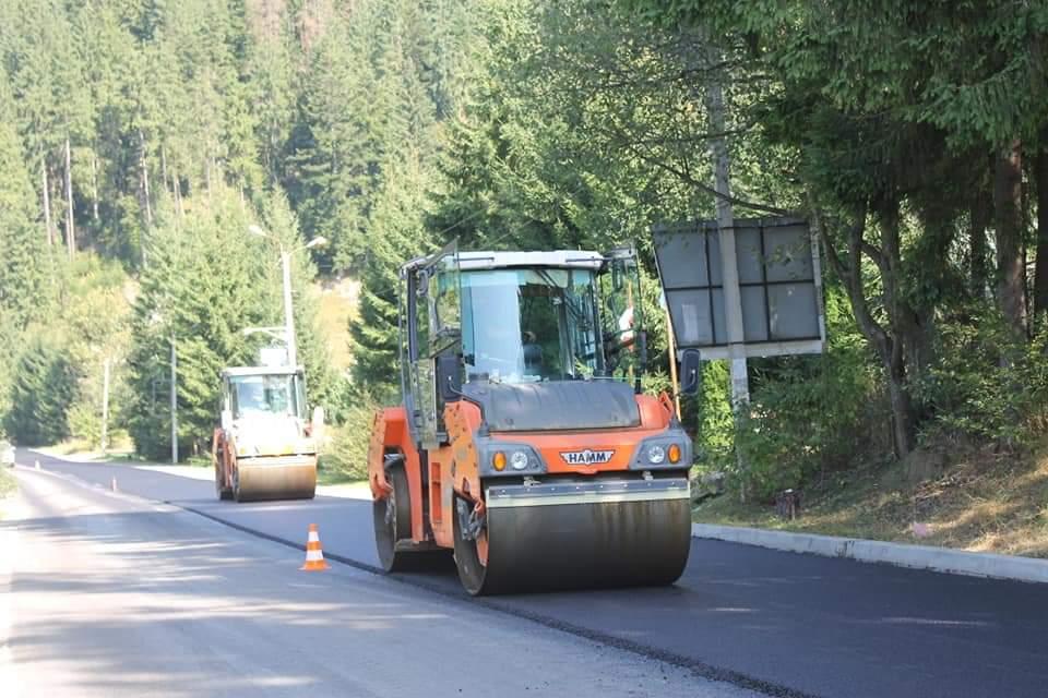 Дорогу від Ворохти до Верховини почали ремонтувати (фоторепортаж)