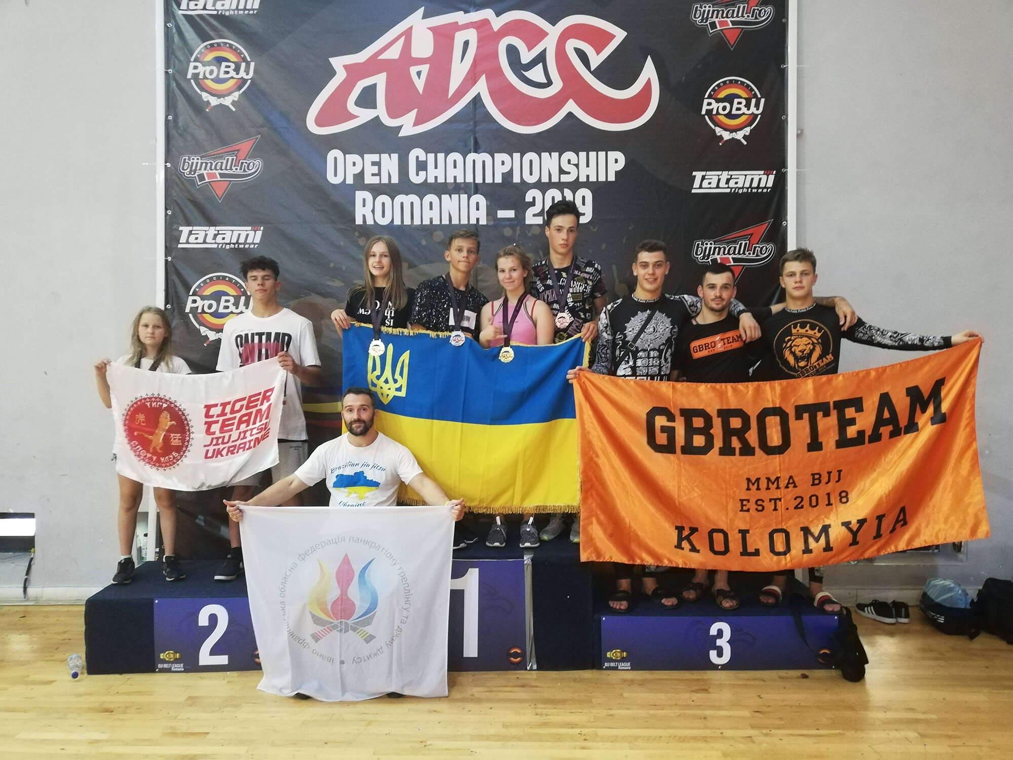 Чотири перших місць завоювали прикарпатці на міжнародних змаганнях з грепплінгу (ФОТО)