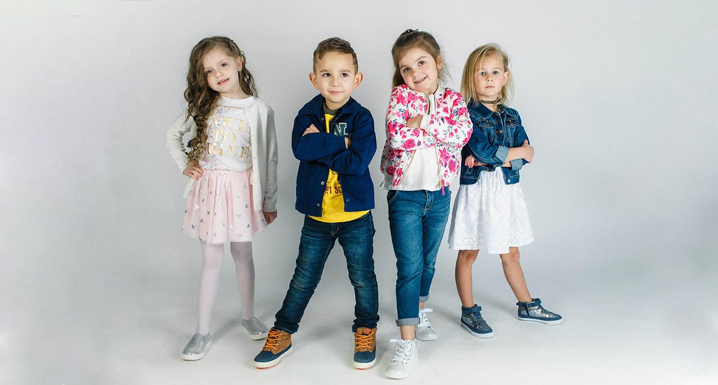 Одягаємо маленьких стиляг: на що звернути увагу при виборі дитячого одягу