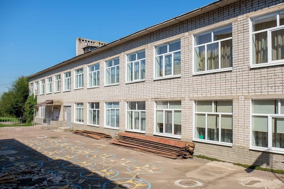 Бібліотека і нові класи: Крихівецька школа отримає нові корпуси