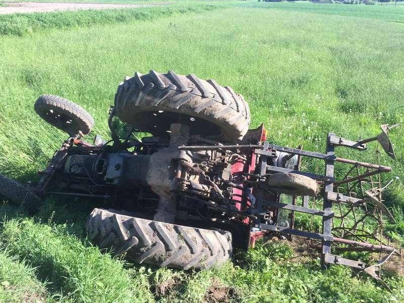 На Косівщині трактор перекинувся у рів – водій загинув на місці