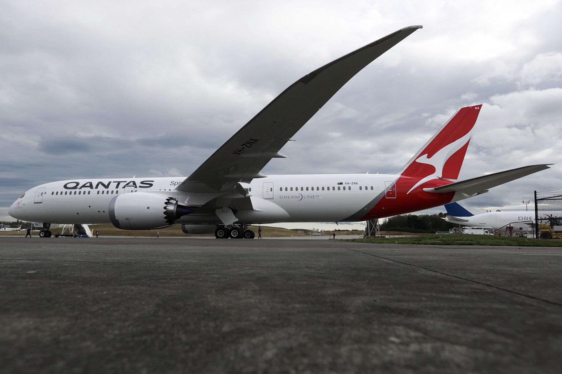 Пасажирський літак вперше пролетів понад 16 тисяч кілометрів без зупинок
